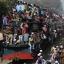 Паломники возвращаются в город. Фото: Reuters