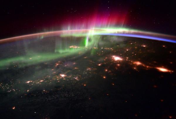 Снимок северного сияния, сделанный с борта Международной космической станции. Фото: NASA