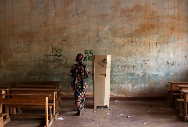 Избирательный участок во втором туре президентских выборов в Центральноафриканской Республике. Фото: Siegfried Modola/Reuters