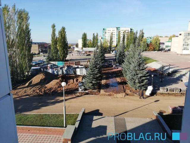 Октябрь 2018. Строительство фонтана Благовещенск РБ