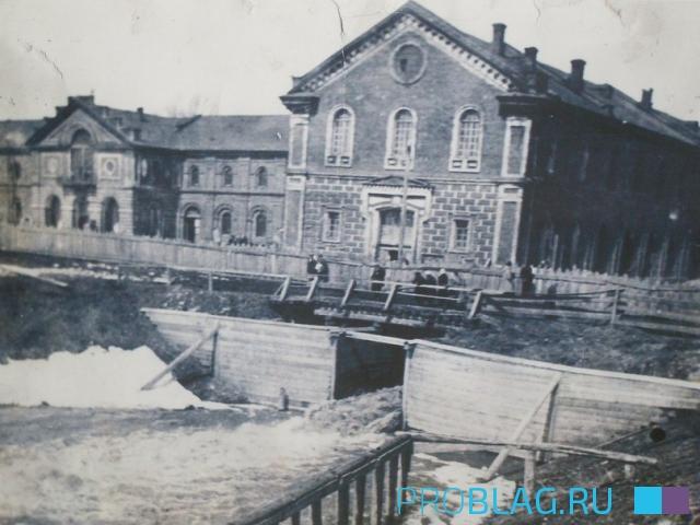 Арматурный завод - одна из старейших фотографий